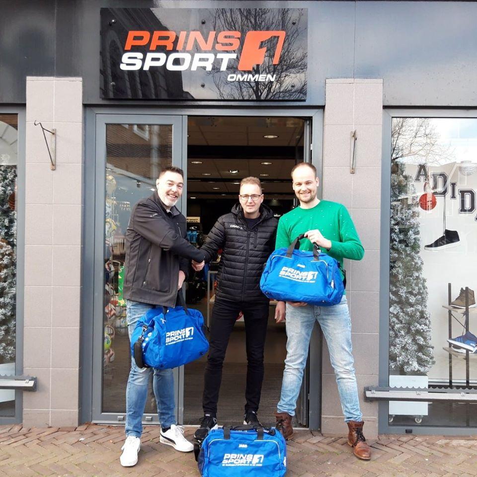 Prins Sport Ommen zorgt voor nieuwe tassen ZVO/De Herberg